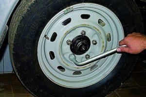 Замена колеса услуга